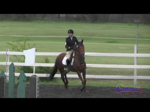 104S Emily Hannaman SR Beginner Novice Show Jumping Spokane Sport Horse HT May 2016