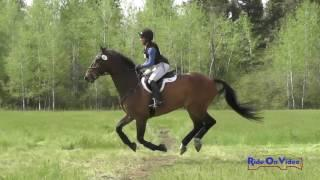 044XC Madelyn Myers on Coolnamara Training Cross Country Spokane HT May 2017