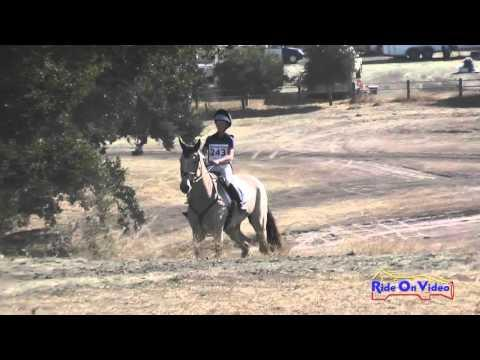 243XC Victoria Smith On Innishannon Baneen JR Novice Cross Country Woodside Oct 2015