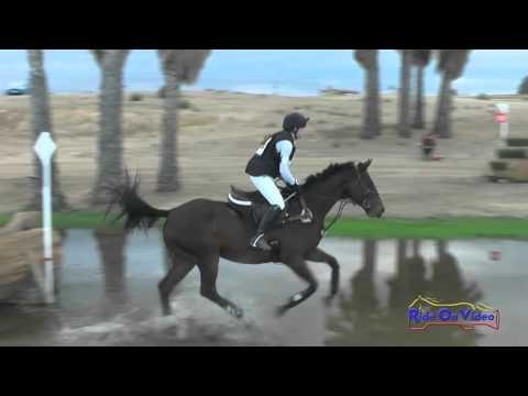 041XC Stella Bailey On Scar Face YR Training Cross Country FCHP October 2015