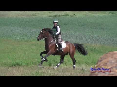 256XC Patricia Cava On Carter Open Preliminary Cross Country Spokane Sport Horse HT May 2016